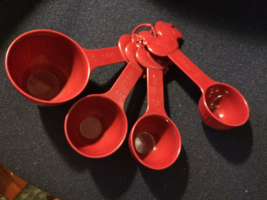 Paula Deen Rooster Measuring Cups Burgundy Melamine 4 Piece Set - $9.99