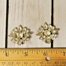 high end vintage juliana rhinestone flower earrings floral design round - $14.84