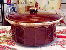 McCoy Pottery Brown Drip Casserole Bean Pot With Lid #7076 - $23.76