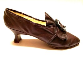 Raine Just The Right Shoe Martha Washington 25412 Miniature Retired 2000 - $15.83