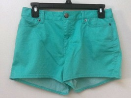 Womens Forever 21 Mint  Green Shorts Size 27 - $8.95