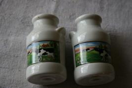VINTAGE BRAND NEW SET OF SALT & PEPPER SHAKERS-COW - $12.86