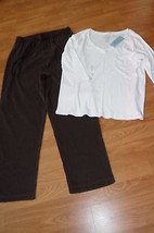 LADIES DENIN & CO. SUEDE PANTS SIZE 1X BROWN & IZOD SHIRT SIZE 1X WHITE ... - $27.54