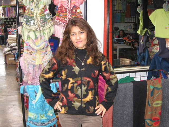 New sweaters  new offers   cumple sheila y luisito 096