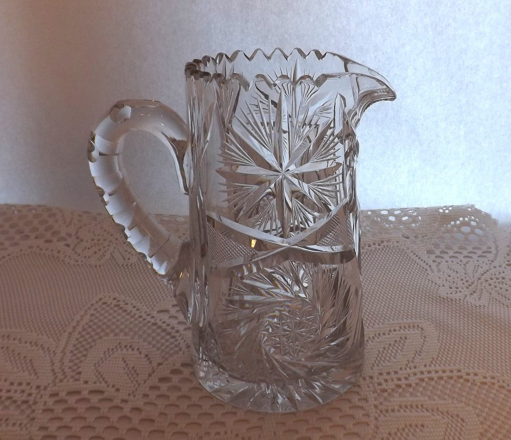 52oz Pitcher Vintage Cut Glass & Saw Tooth Rimmed Pressed Star Glass