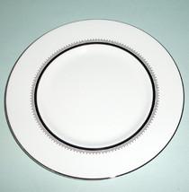 "Wedgwood Vera Wang Grosgrain Accent Plate 9"" Platinum Trim New - $32.90"