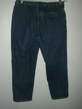 GAP Three Pocket Blue Jean DENIM Capri size 10 - $15.69