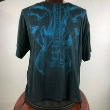 Smokey Skulls Guitar Mens 2XL Graphic T Shirt  - $21.77