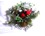 Cardinal Winter Wall Arrangement Decor
