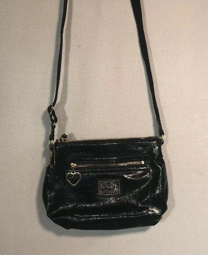 Coach Signature Black Patent Leather Poppy Shoulder Crossbody Bag Gold Zip Pouch