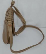 Non Branded Womens Tan Zipper Saddle Bag Purse With Adjustable Shoulder Strap image 2