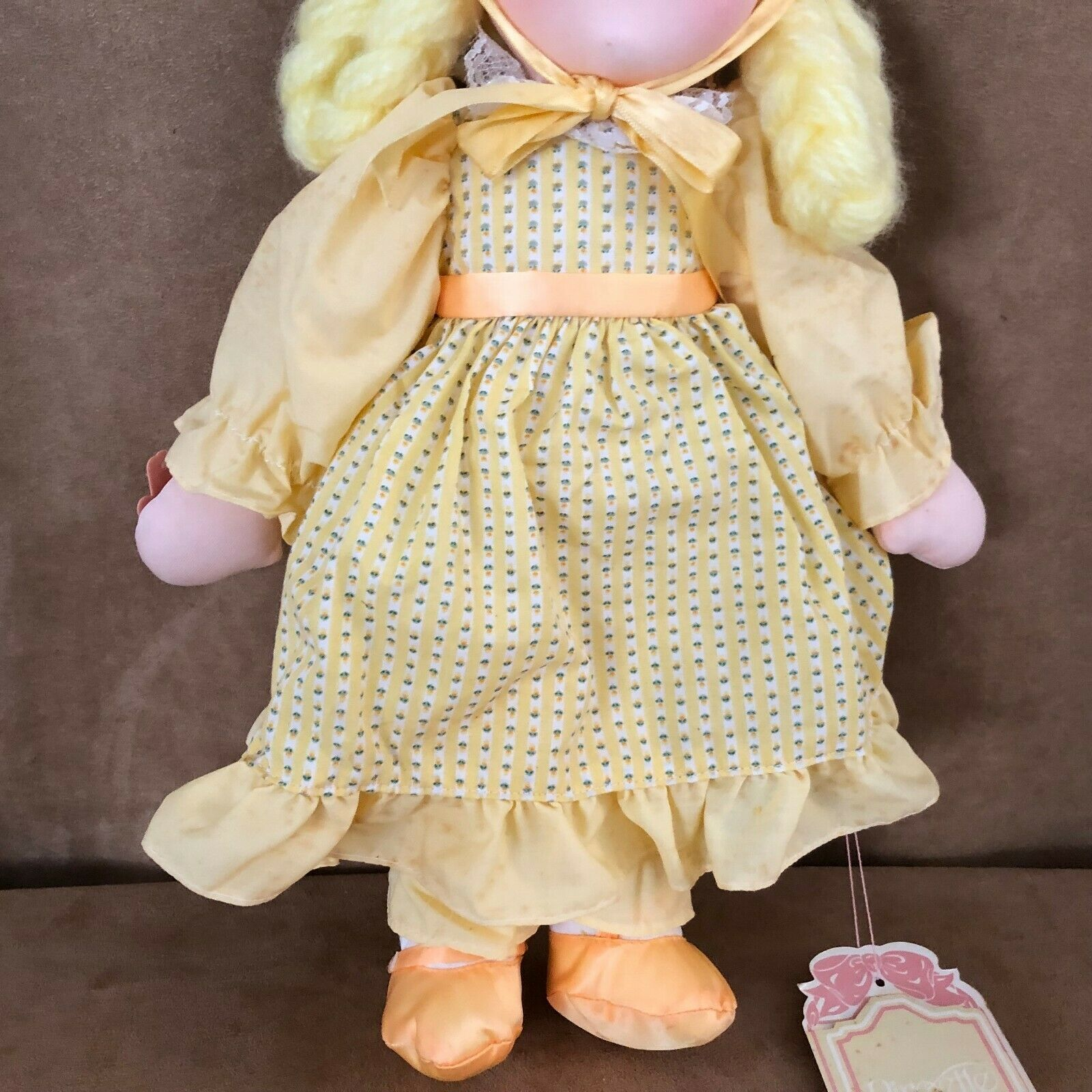 "Applause Daisy soft body doll vintage yellow dress hair Piorette 16""  image 4"