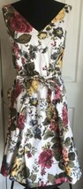 Newport News Multi Color Floral Rose Sleeveless Belted Dress Women's 4 - $11.13
