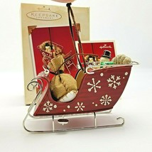 2003 Hallmark Santa's Magic Sleigh Ornament in Box - $8.09