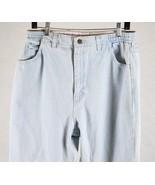 Lee Womens Denim Jeans Size 14 Medium, Measures 32 x 33 - $6.33