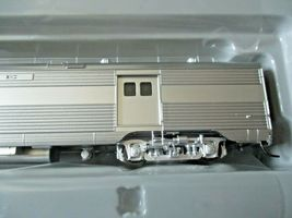 Walthers Proto Stock # 920-9641 Santa Fe 85' PS Bag-Dorm Trasition Deluxe # 1  image 3
