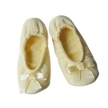 PANDA SUPERSTORE Dance Class Ballet Shoes/Silk Dance Shoes for Pretty Girl (21CM