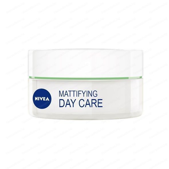 NIVEA Mattifying Combination Skin DAY Cream Moisturizer for Oily Skin 50 ml