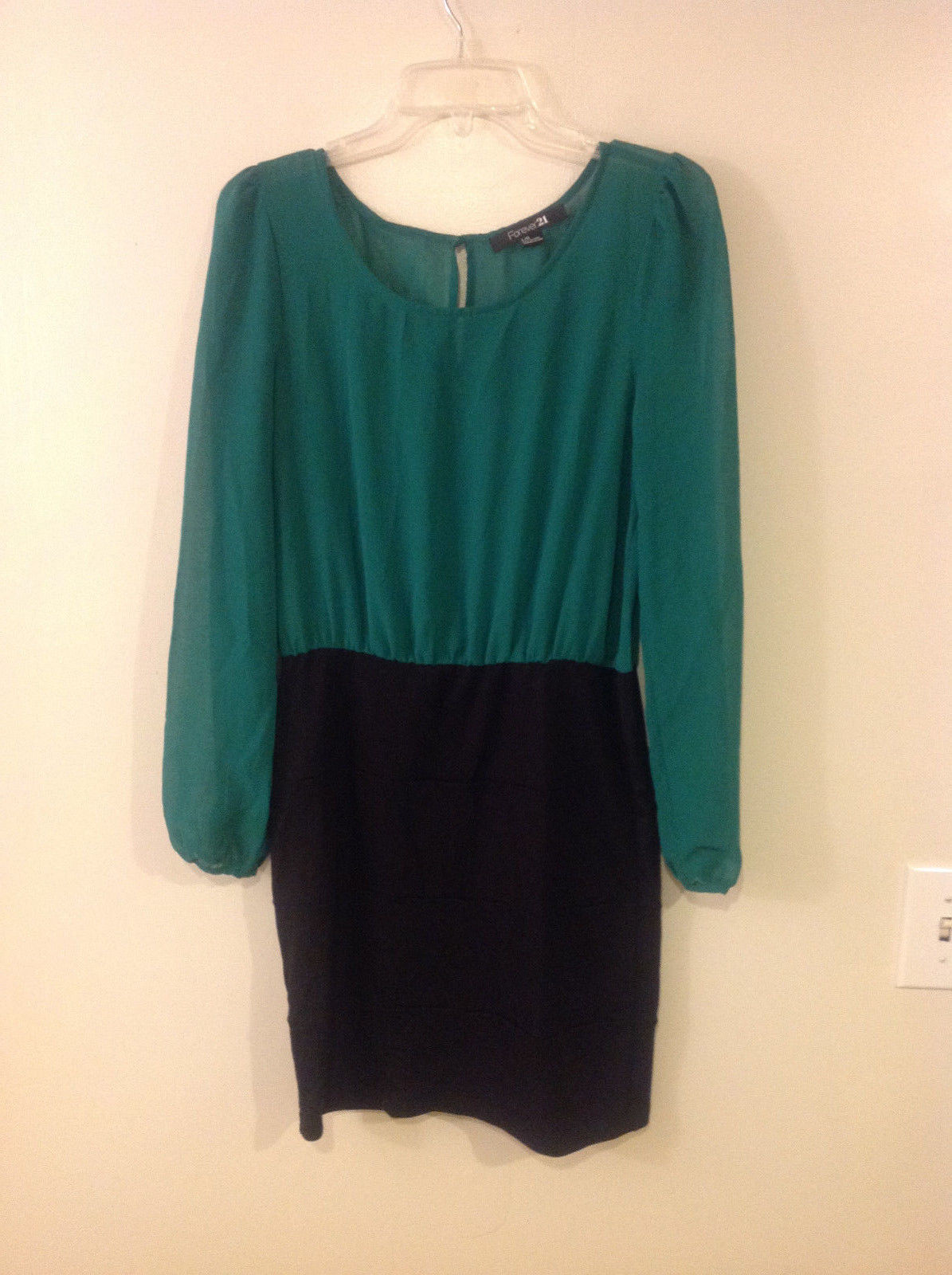 Forever 21 F21 Women's Size L Dress Green Blouse Bodice & Black Bandage Skirt