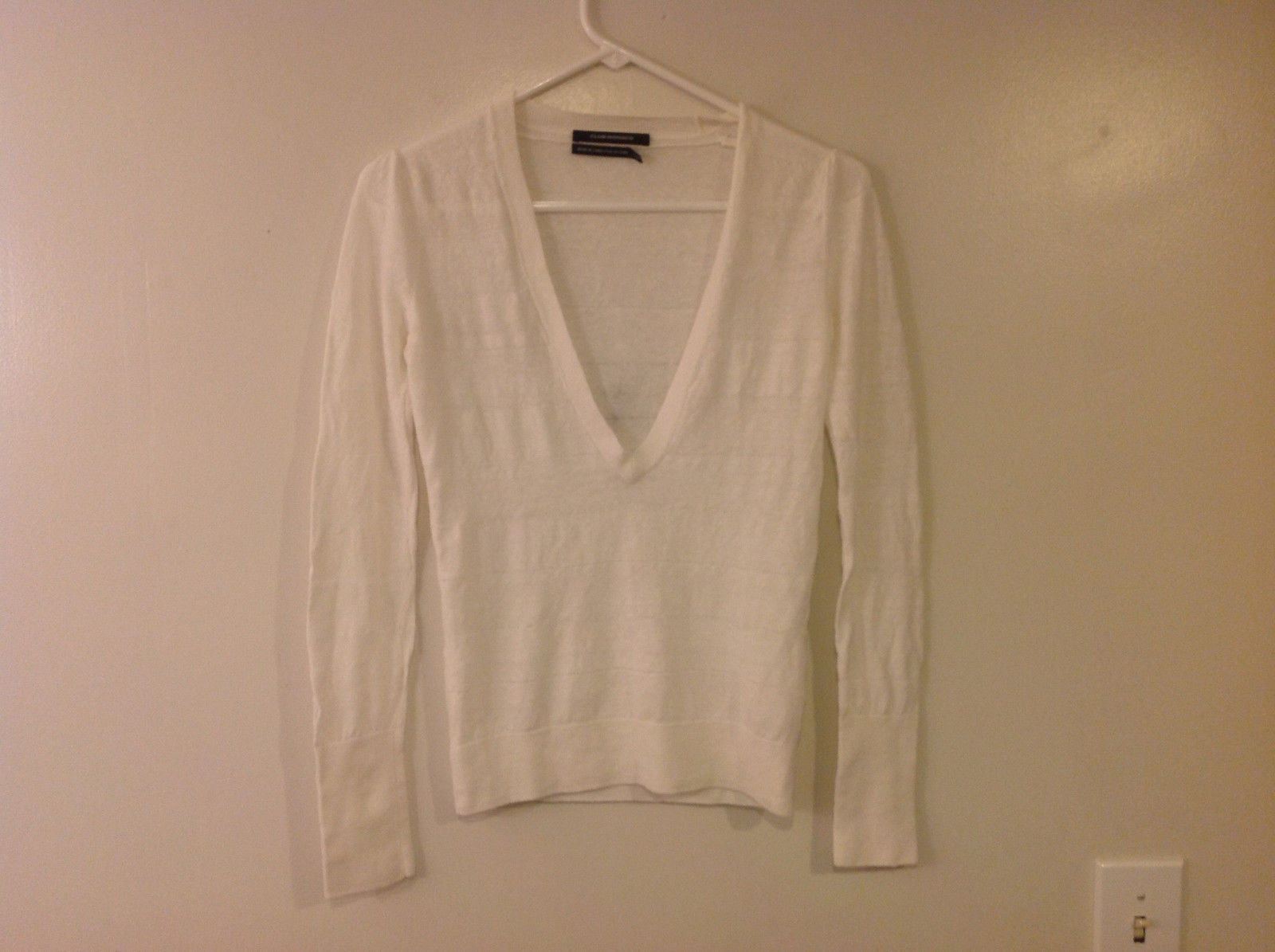 Club Monaco Women's Petite Size S Sweater Layering Top Deep V Neck Cream White