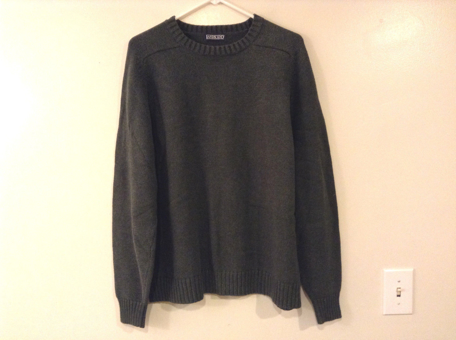 Lands' End Men's Size L Sweater Dark Green Crew Neck Long Sleeves Heavy Knit