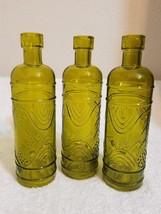 Luna Bazaar Small Vintage Glass Bottle Set 6.5-Inch, Mabel Round Design,... - $10.69