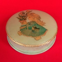 Vintage Paper Mache Lacquer Vanity Powder Puff Box Trinket Girl With Tul... - $12.77