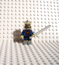 Lego King Leo Royal Knights Minifigure With Gold Crown Silver Sword Vintage - $8.99