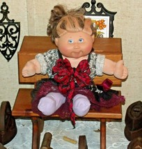 Cabbage Patch Doll sitting at a Large Wooden School Desk AA-191964  Collectible image 1