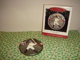 Hallmark 1995 Baseball Heroes Lou Gehrig Ornament - $6.49