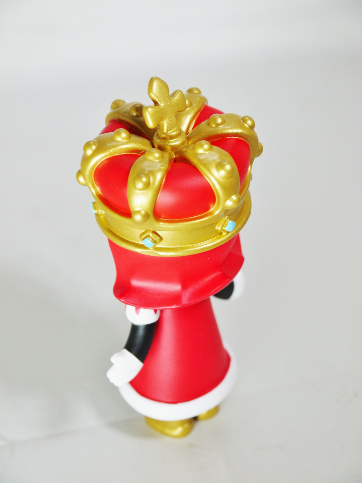 POP MART Kennyswork BLOCK Little Molly Chess Club Chessmate KING Red