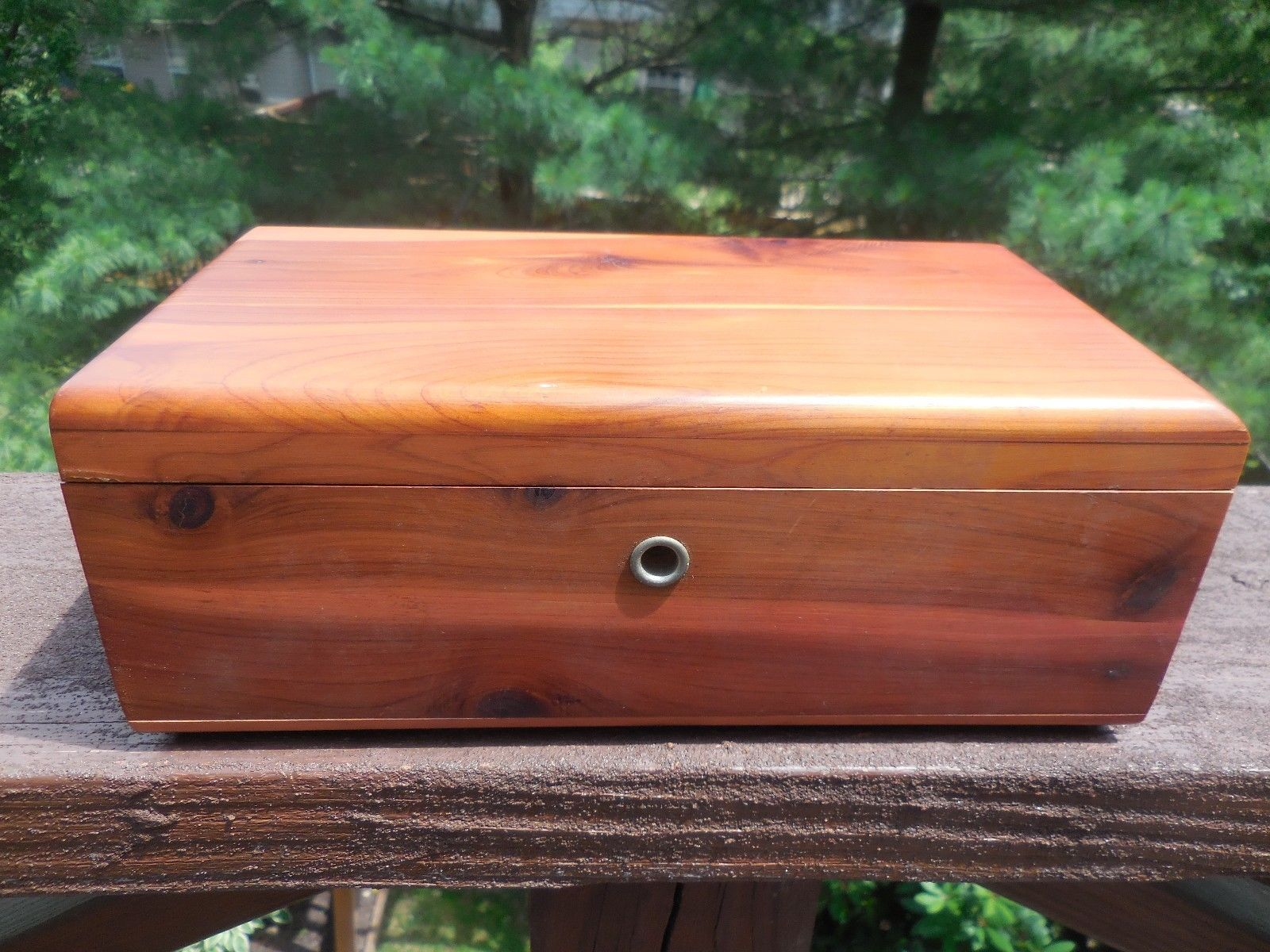 LANE MINI CEDAR CHEST ROCKFORD FURNITURE WOODBRIDGE ELIZABETH NEW JERSEY