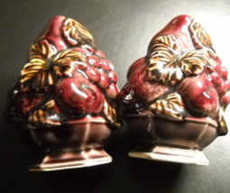 Inarco Salt and Pepper Shakers Purple Maroon Bowls of Fruit Vintage Japa... - $10.99