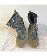 Madden Girl Sock Booties Boot Womens Sz 7 Gray Black White Tie - $16.24