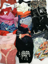 Bulk Lot Resell 25 pc Womens S XS Clothing preowned mixed brands tops sh... - $96.52