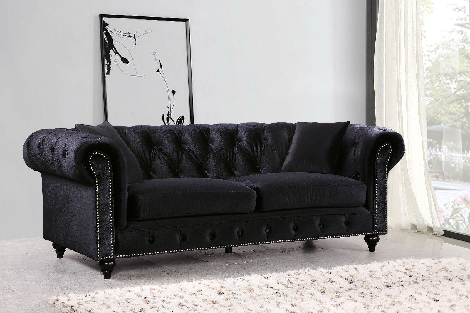 Meridian 662 Velvet Living Room Sofa Tufted Black Traditional Style