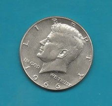 1966 Kennedy Halfdollar Silver Near Uncirculated Brillant - $9.00