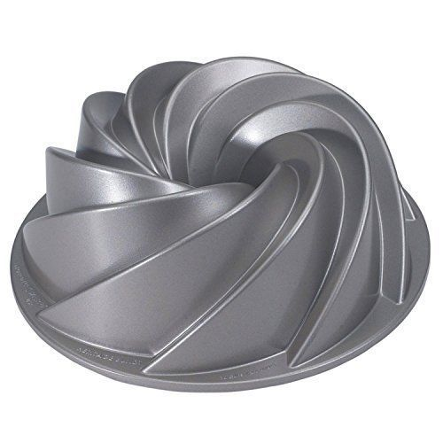 Decorative Cake Pan Heritage Bundt Swirls Baking Holiday Party Petals Bunt Gift