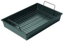 Home Kitchen Heavy-Duty Metallic Roast Pan Non-Stick Rack Cooking Equipment - $41.58