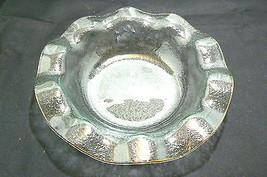 Vintage Unbranded Light Green Textured Scalloped Gold Edge Bowl - $19.79
