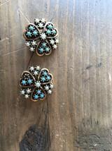 Vintage Gold Tone Clip Earrings - $19.79