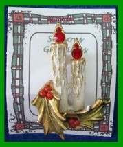 Christmas PIN #0251 Double Candle & Holly w/Red Berries Goldtone HOLIDAY... - $14.80