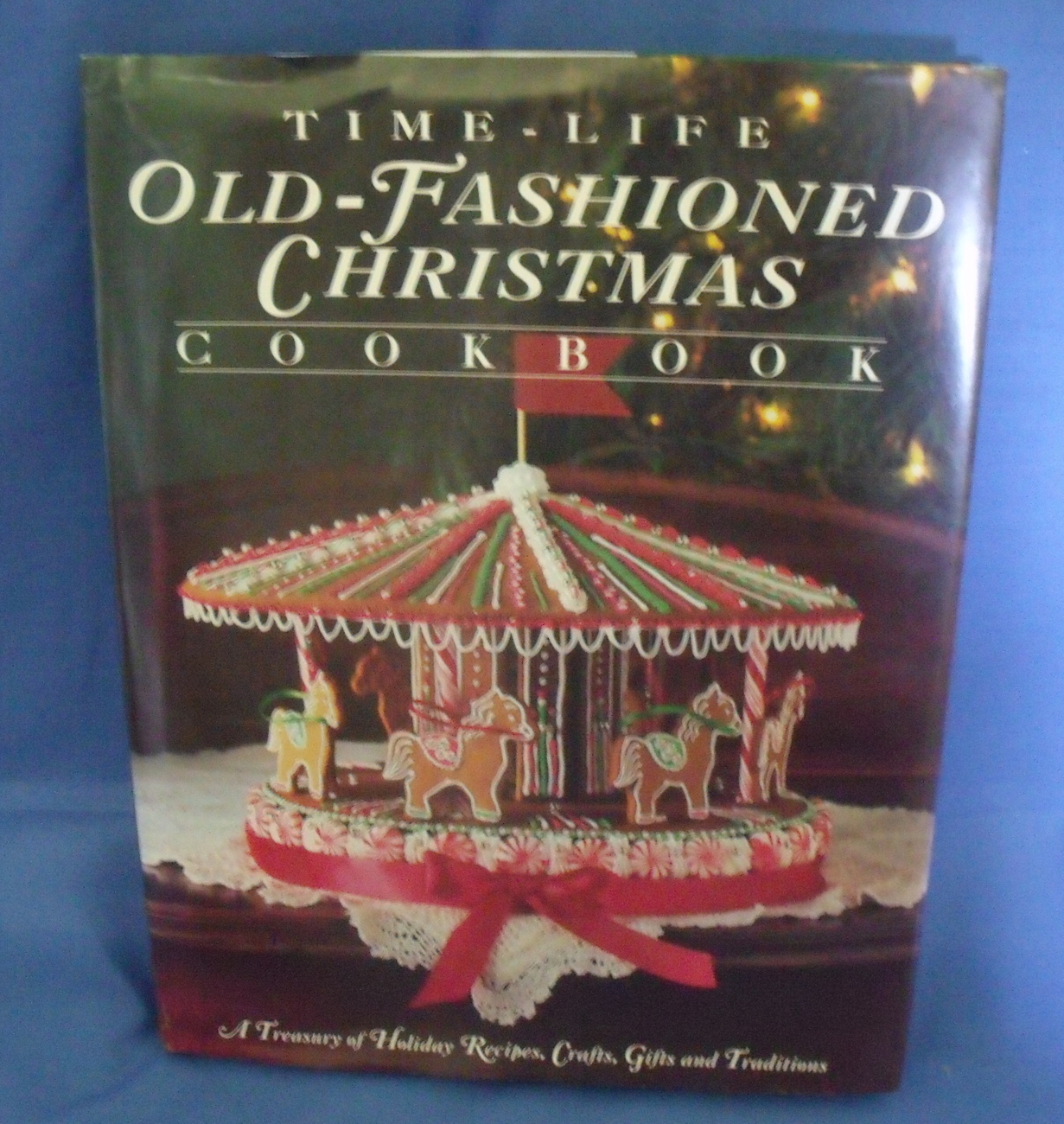 Time life old fashioned christmas cookbook