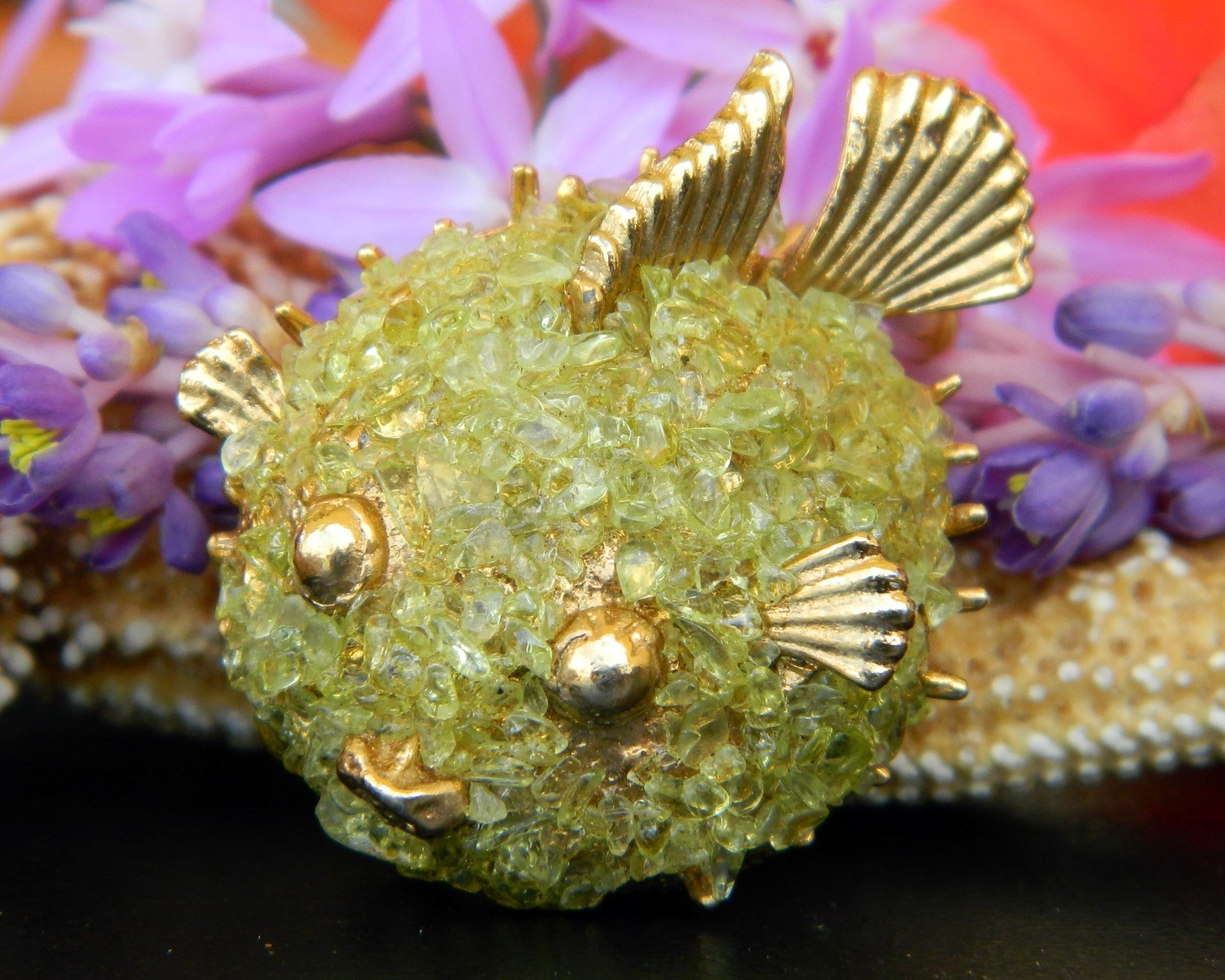 Primary image for Vintage Puffer Fish Brooch Pin Peridot Chips Gemstones Figural Smiling