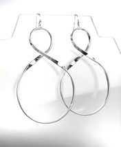 CHIC & UNIQUE Lightweight Silver Curved Twist Metal Long Dangle Earrings - $15.99