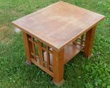 Oak end table  1  thumb155 crop