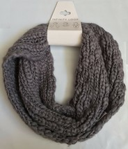 NWT VERA Sleet Gray Silver Metallic Infinity Loop Knit Scarf One Size - $7.99
