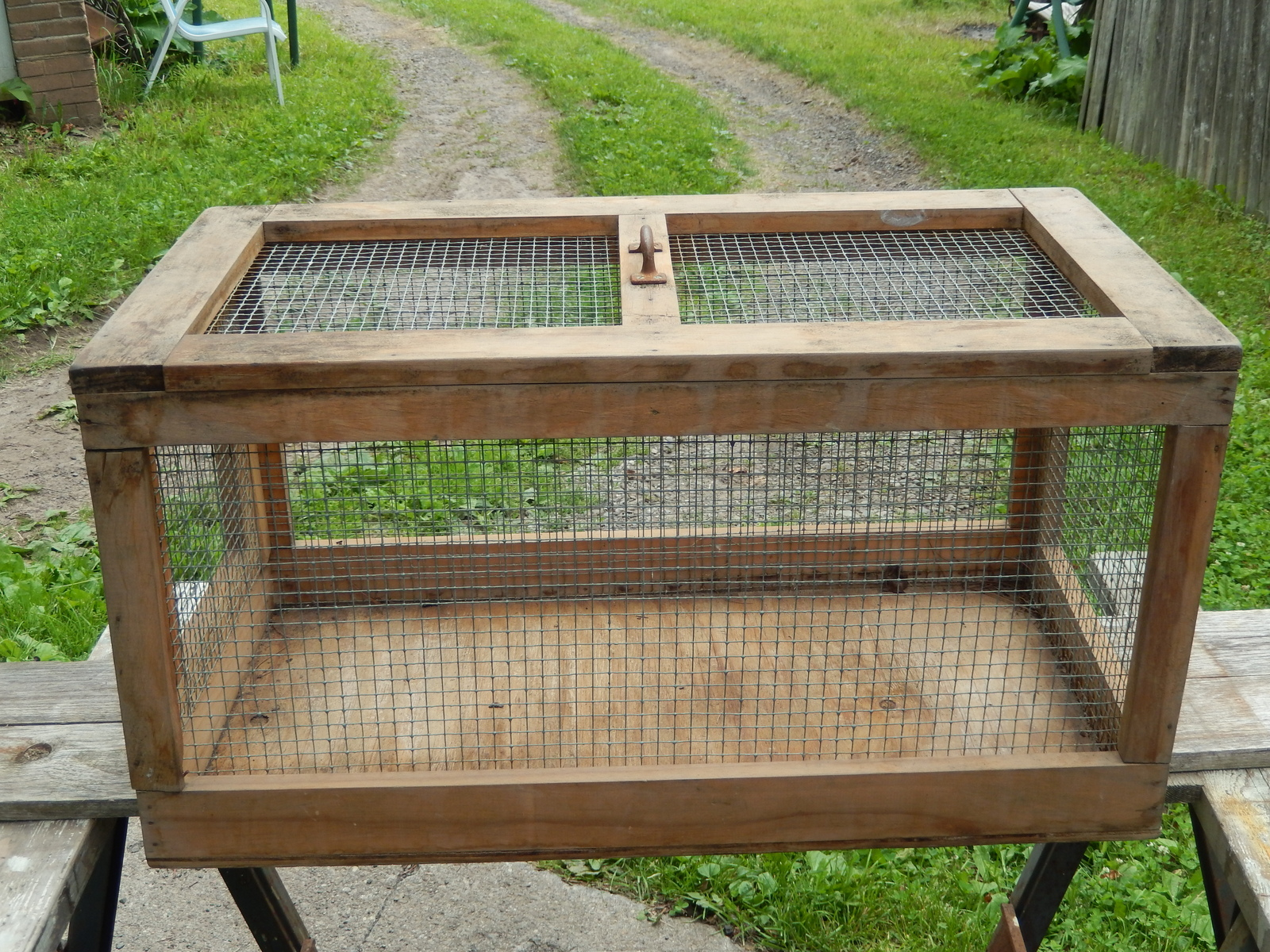 Small Animal Cage Wood & Wire Rabbit Chicken