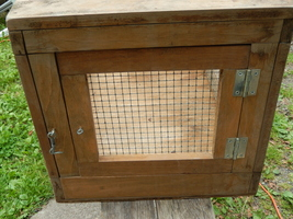 Small animal cage wood   wire  2  thumb200
