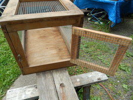 Small animal cage wood   wire  3  thumb200